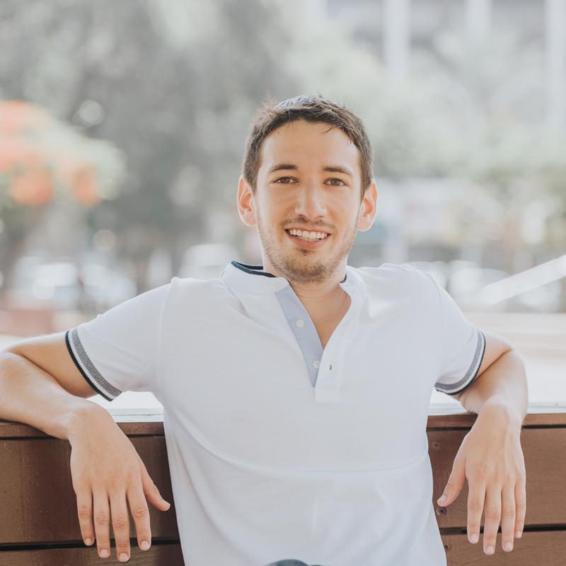 Ari Bornstein profile picture